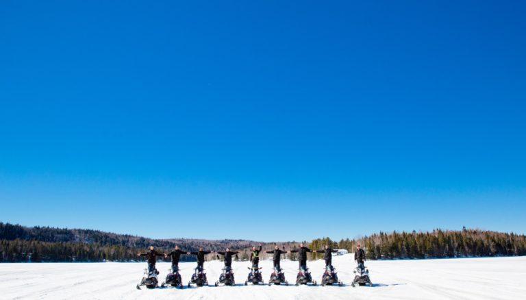 canada raid motoneige groupe